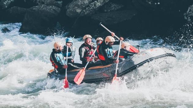 activités evjf nautique à porto le rafting