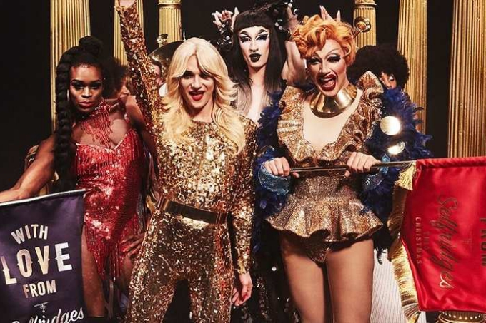evjf amsterdam - aller dans un cabaret drag queen