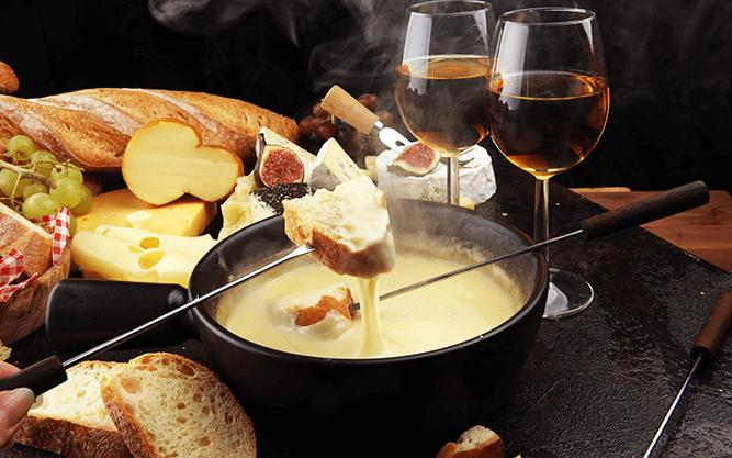 evjf annecy - dégustation de gromages savoyards et vin à annecy