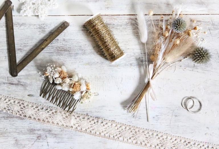 idée evjf à domicile - création de bouquet de fleurs pour la mariée