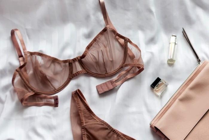 idées evjf à domicile - atelier lingerie