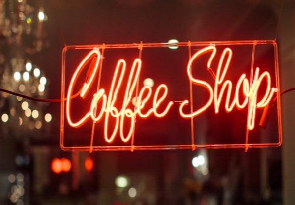 idées evjf amsterdam - aller dans un coffee shop