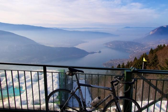 idées evjf annecy - balade en vélo