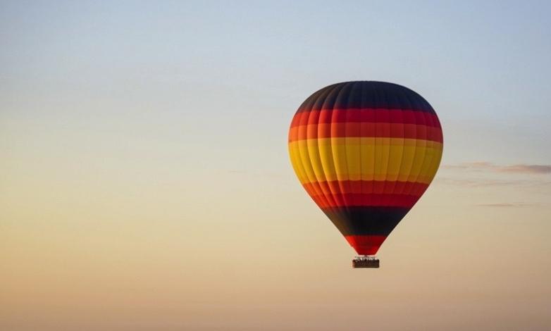 idées evjf bordeaux - tour en montgolfière à bordeaux