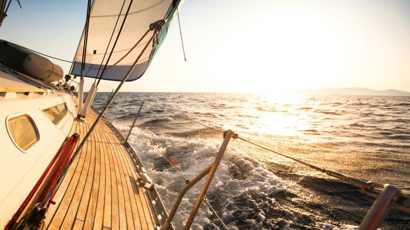 idées evjf la rochelle - balade en bateau à la rochelle
