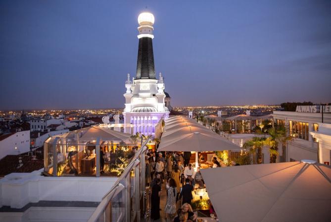 idées evjf madrid - soirée evjf sur un rooftop