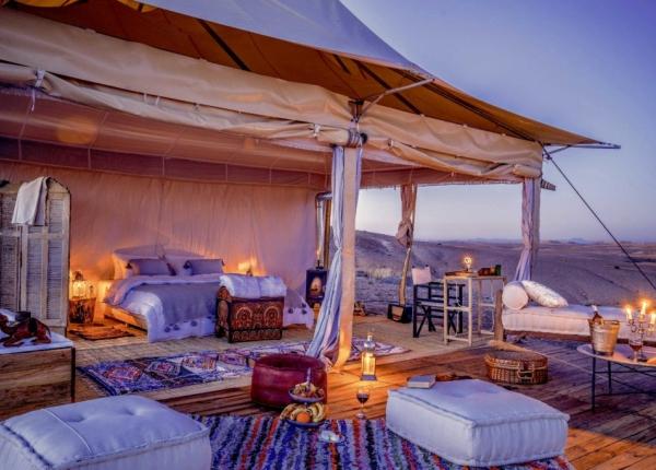 idées evjf marrakech - dormir dans le désert de marrakech+