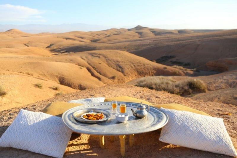idées evjf marrakech - excursion dans le désert d'agafay marrakech