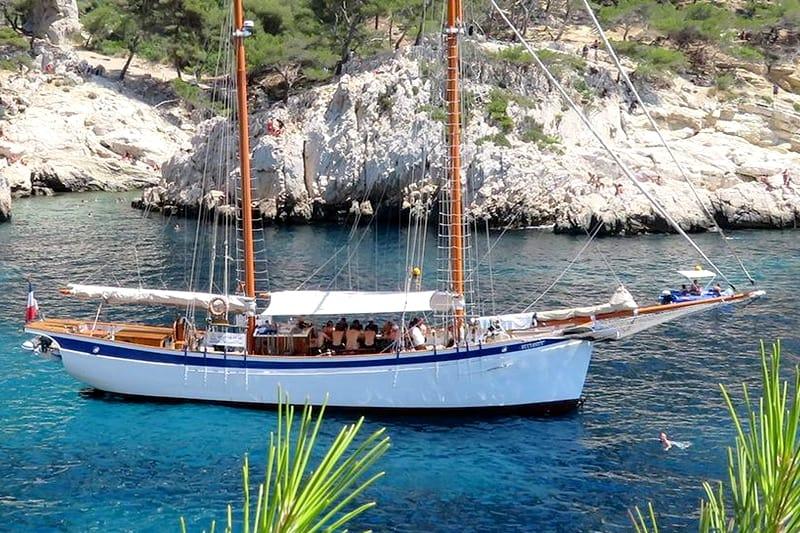 idées evjf marseille - croisière en bateau marseille