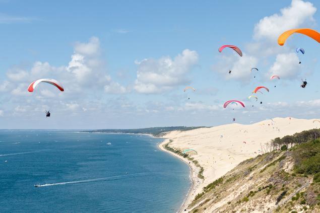 meilleures activités evjf arcachon - parapente à la dune du pilat
